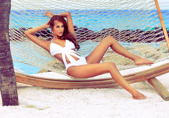 Samantha-Ahrens-Aqua-di-Lara-Swimwear-5-1024x714 (700x488, 550Kb)