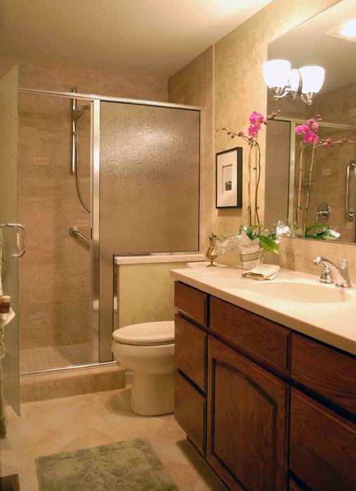 small-bathroom-rona-vanitiКрасивый интерьер маленькой ванной комнаты4 (507x700, 332Kb)