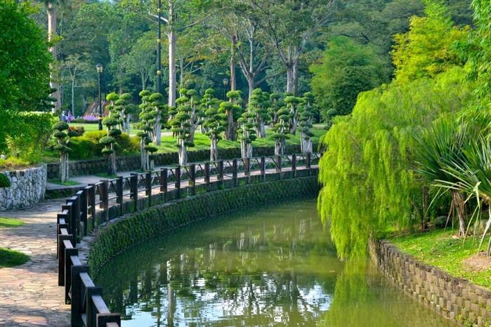 Парк Сады на озёрах в Куала-Лумпур