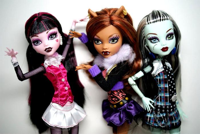 куклы (700x468, 327Kb)