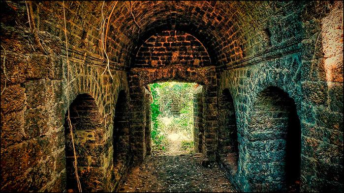 Реди форт. Штат Махараштра, Индия/3673959_12 (700x393, 278Kb)