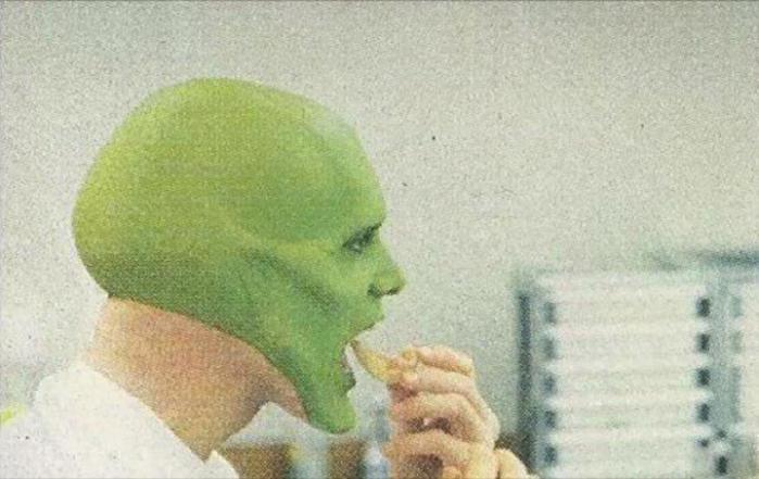 Фото, как гримировали Джима Керри для фильма «Маска»