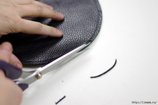 diy leather round clutch by www.fashionrolla.com-12 (650x433, 150Kb)