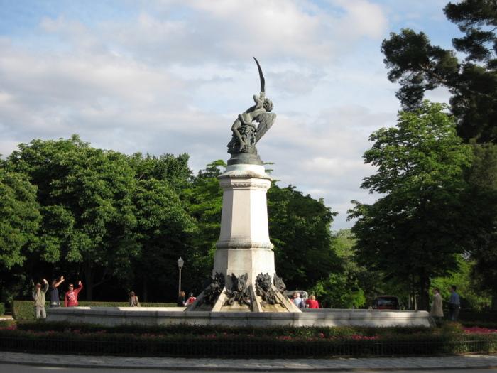 http://img0.liveinternet.ru/images/attach/c/0/34/727/34727569_angel3.JPG