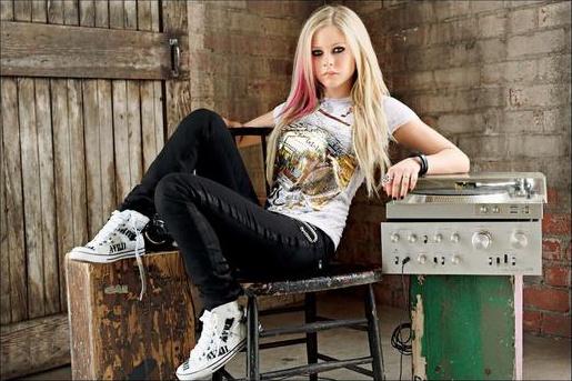 Album of Avril 35630604_1227348849_zhdyezh