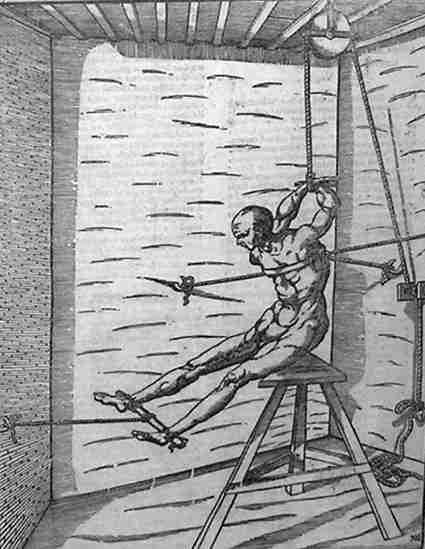 Пытка девушек поджигая пятки видео 5 фотография