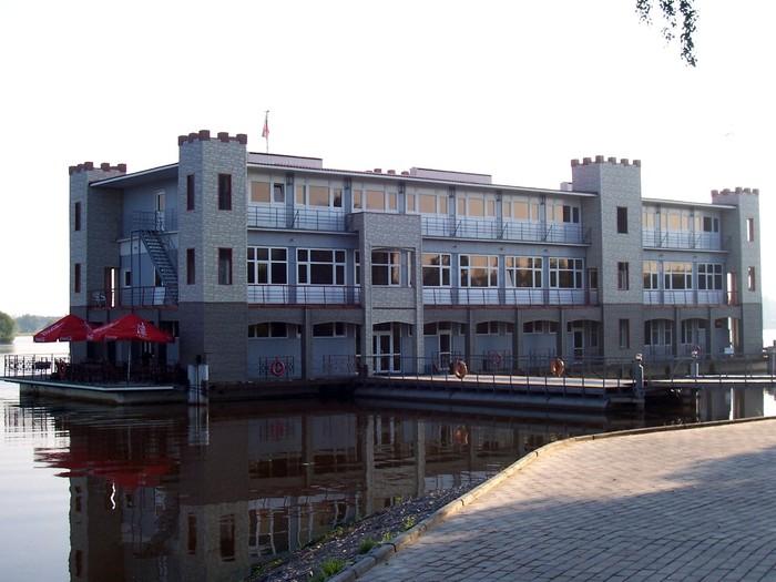 Яхт-клуб Водник Корпоративный отдых 991-57-25