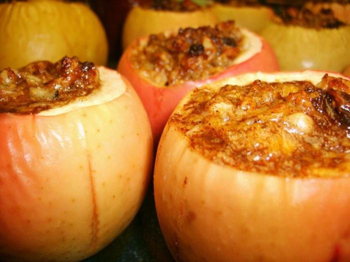Печеные яблоки. (Почти) диетический десерт