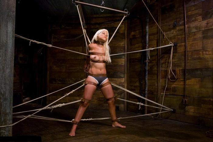 Блондинки рабыни бдсм фото 448-377