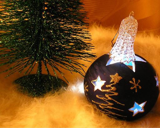 скоро,скоро....новый год! - Страница 2 38089945_7655_novogodnii_shar_6066d_512
