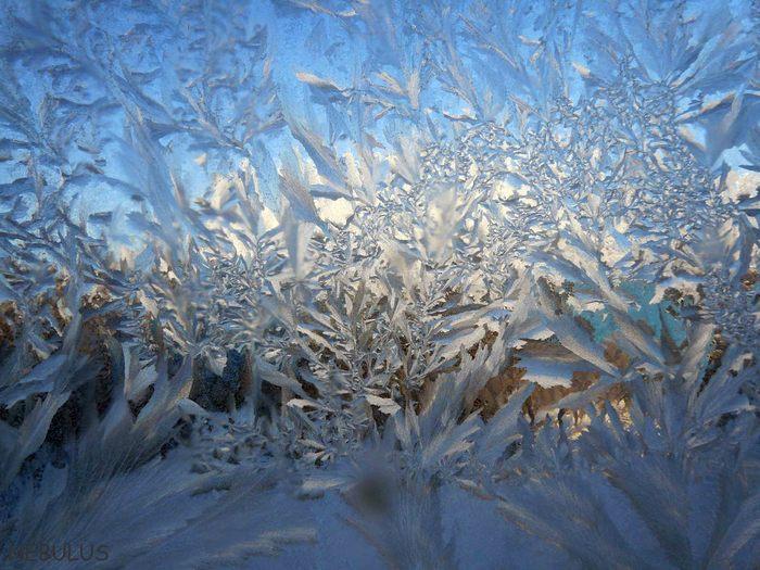 Узоры на окнах зима картинки