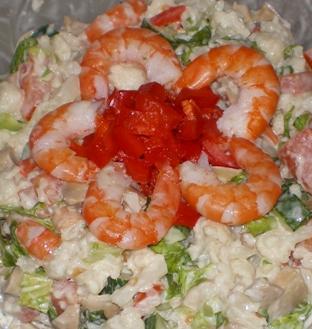 Салат овощной с королевcкими креветками. Автор: avalona
