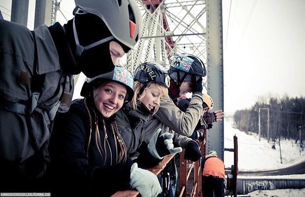 Прыжки с железнодорожного моста