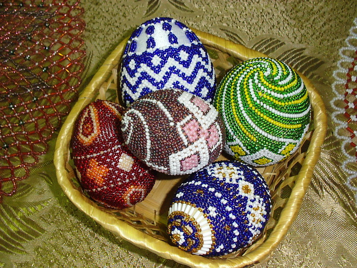 Пасхальные яйца в бисере схемы. http://forum.knitting-info.ru/index.php?showtopic=42167. http...