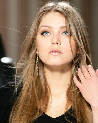 Российская певица и модель Оксана Почепа официально заявила, что...