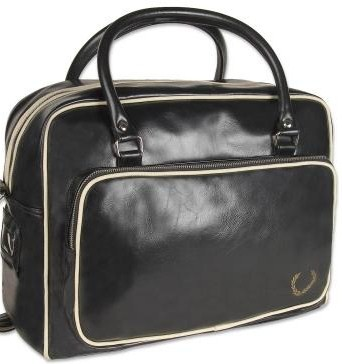 http://www.fredperry.com/bags/men/embossed-chequerboard-holdall.html.
