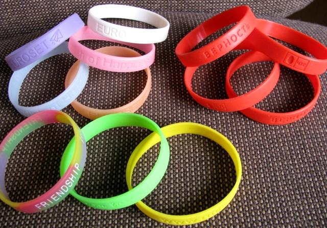 Резиновые браслеты на руку своими руками как называются 85