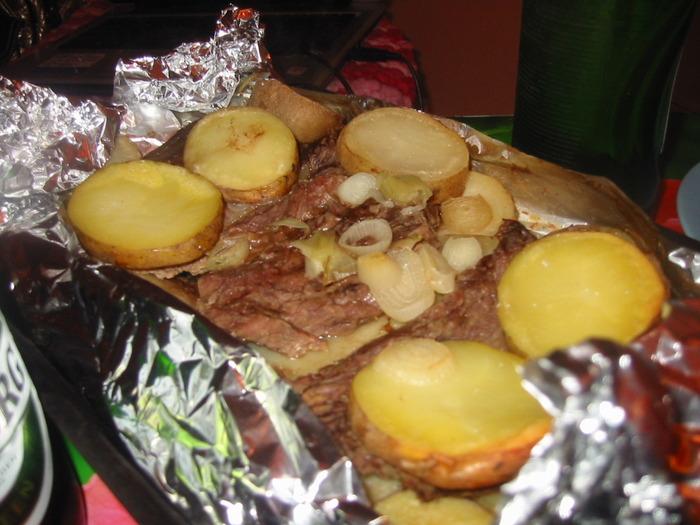 Картошка в духовке с говядиной.Без майонеза).  В общем то рецепт очень...