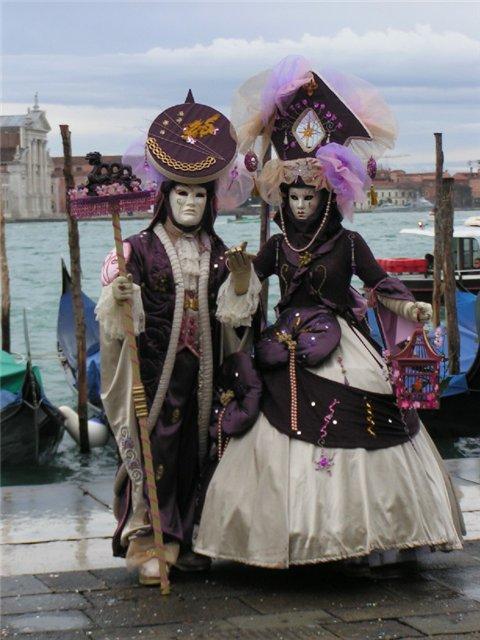 хочу побывать на венецианском карнавале, нарядившись в самый красивый...