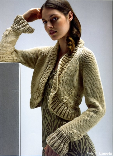 Болеро вязаное спицами.