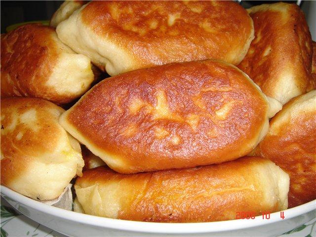 Жареные пирожки на маргарине