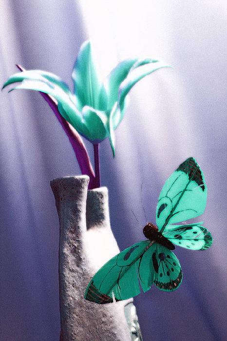 """Оригинал - Схема вышивки  """"Бирюзовый тюльпан """" - Схемы автора  """"KIA83 """" - Вышивка крестом."""