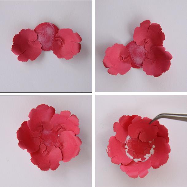Очаровательные цветы из бумаги своими руками - цветы, украшение.