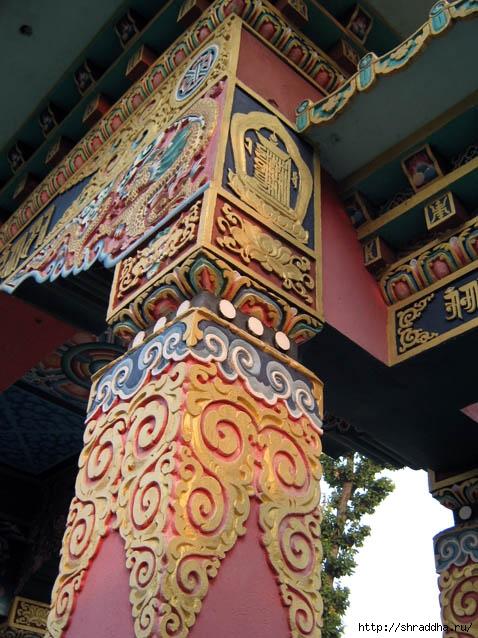 Буддийское искусство полно ярких, чувственных красок, контрастных сочетаний, затейливых узоров, орнаментов и золотой...