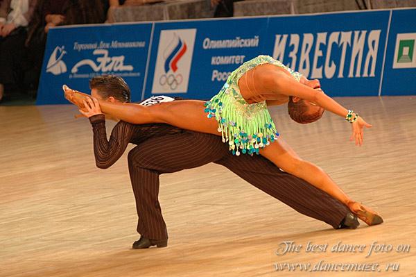 стандартные танцы мамба
