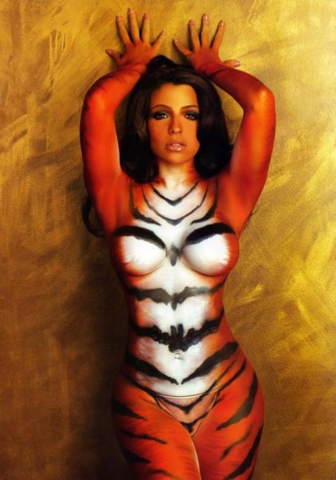 фото разрисованной тигрица из brazzers
