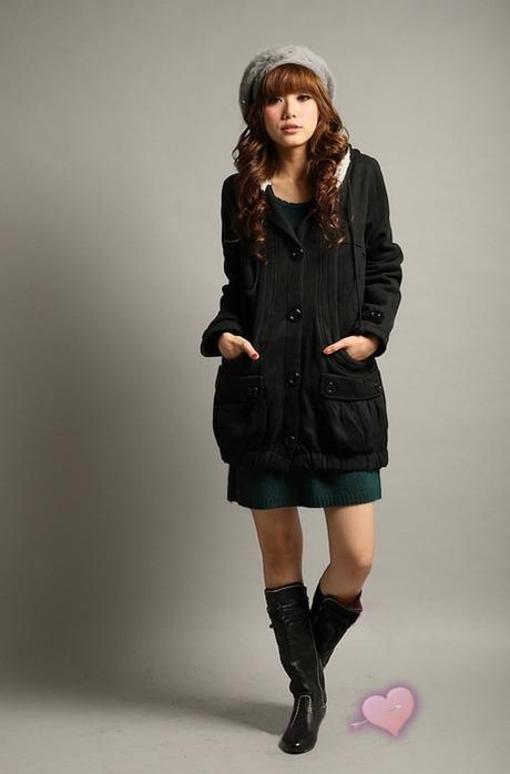 Классно пальто с большими карманами.