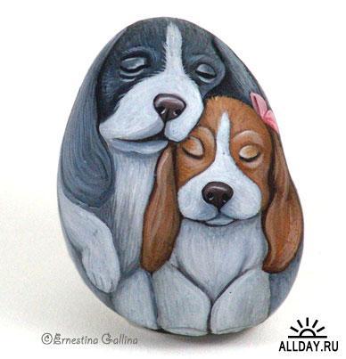 Ernestina Gallina - художница из Италии, рисует на камнях акриловой краской уже больше 10 лет.  Она создала свой клуб...