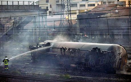 Взрыв поезда, северная Италия, Виареджо