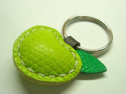 lather keychain patterns to make
