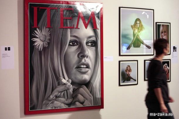 Фотовыставка к юбилею Брижит Бардо, Париж