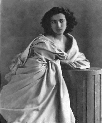 Sarah_Bernhardt-Nadar (327x394, 24Kb)
