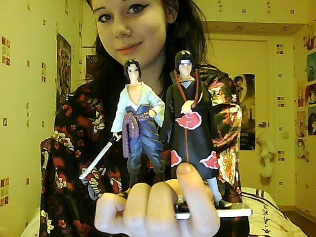 русскую девочка ласкает рот пальцами порно