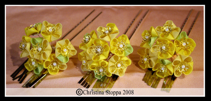 kanzashi by christina stoppa: tutorial