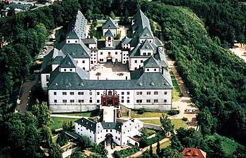 Schloss Augustusburg-ЗАМОК Аугустусбург 47522