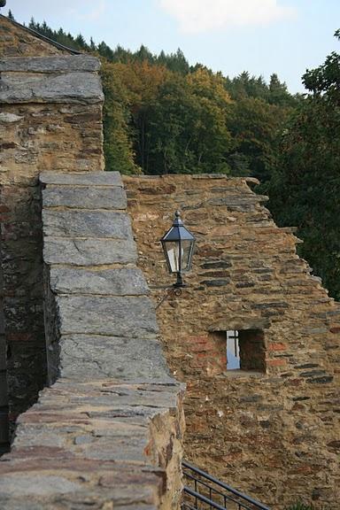 Крепость Шарфенштайн (нем. Burg Scharfenstein) 75131
