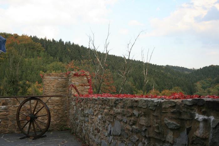 Крепость Шарфенштайн (нем. Burg Scharfenstein) 59919