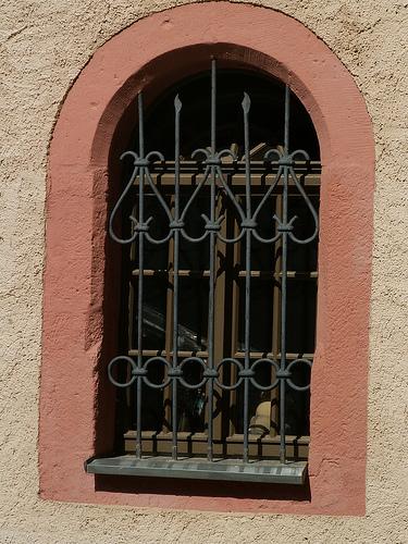 Крепость Шарфенштайн (нем. Burg Scharfenstein) 24280
