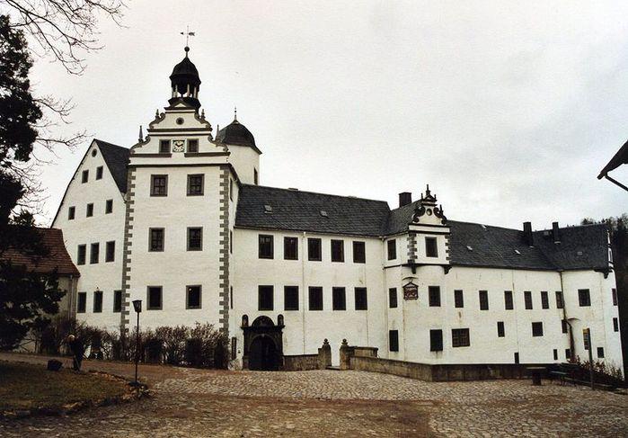 Замок Лауенштайн (нем. Schloss Lauenstein)-Erzgebierge,Sachsen 49190