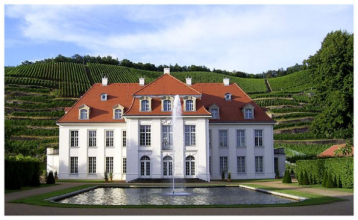 Замок Вакербарт (нем. Schloss Wackerbarth) 89972