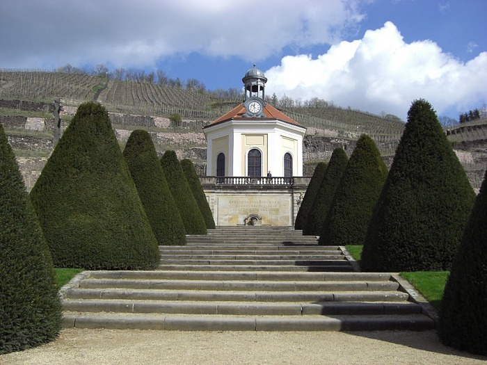 Замок Вакербарт (нем. Schloss Wackerbarth) 47260