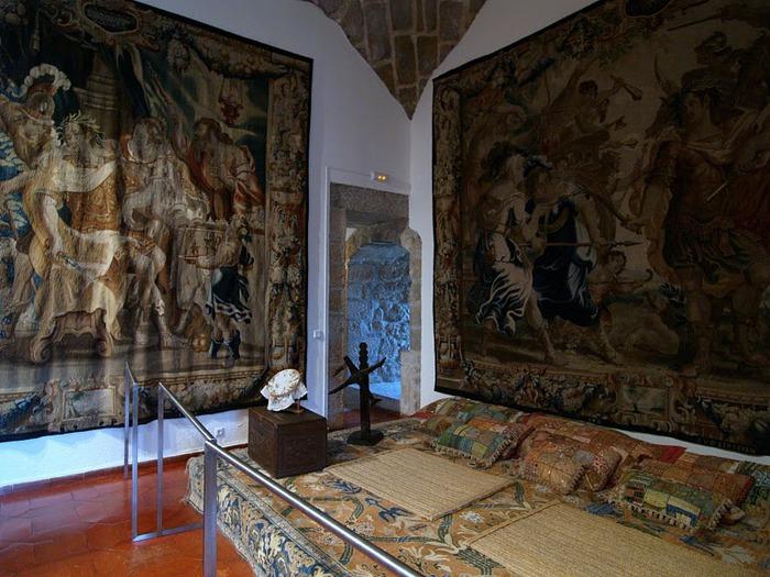 Замок в Мансанарес Эль Реал 43018