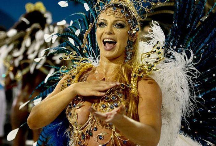 Карнавал в рио фото девушек