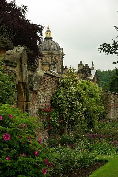 Замок Ховард близ Йорка (Великобритания) 17499