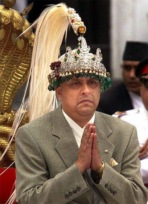 король непала (490x676, 123 Kb)