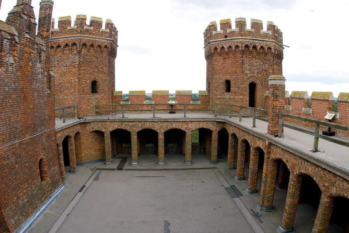 Замок Таттершел 98743